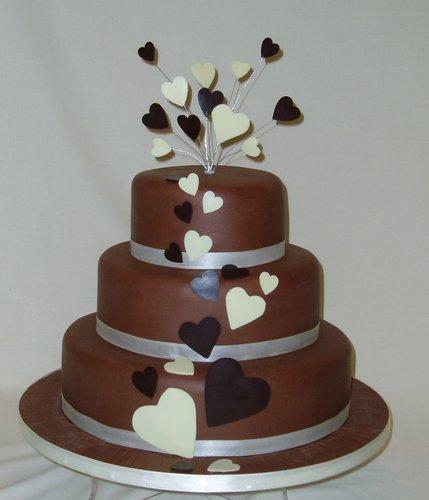 Milk Chocolate Hearst Wedding Cake Wow Cakes By Wendy